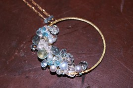 Necklace with gemstones